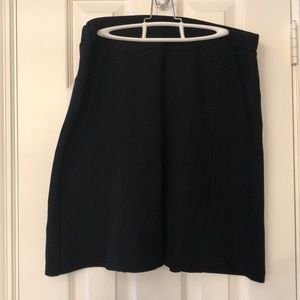 Ellen Tracy black a-line short skirt